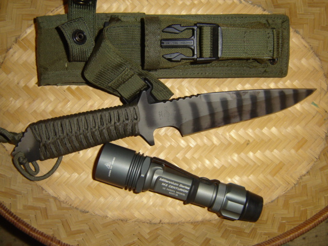 Knife Flashlight Combo Flashlight/knife Holsters